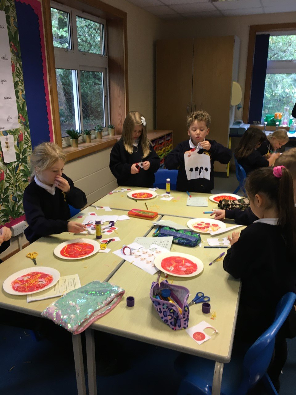 Y3 Gallery Careful sharing of pizza ingredients in maths